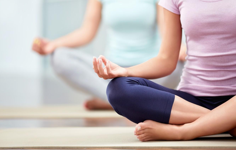 class-yoga-pose
